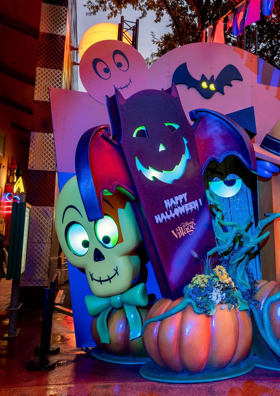 Halloween decorations in the Disney Village, Disneyland Paris