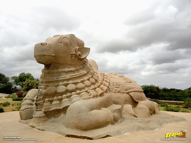 15 feet high monolithic Nandi at Lepakshi, in Andhra Pradesh, India
