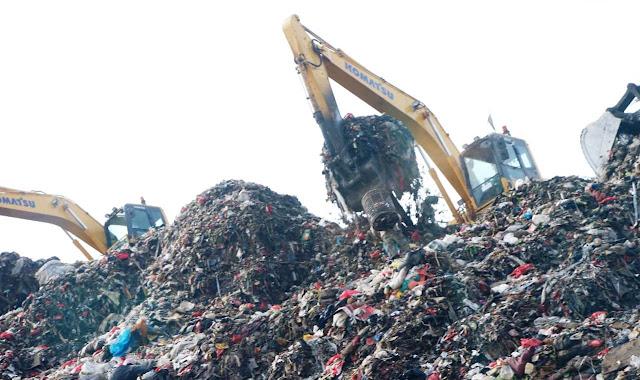 Pastikan Ada Terobosan Pengelolaan Sampah, Wagub Ariza Kunjungi Bantar Gebang
