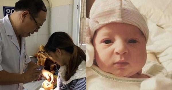 Kỳ lạ: Người mẹ hạ sinh đứa con đầu lòng chỉ kém mình 1 tuổi