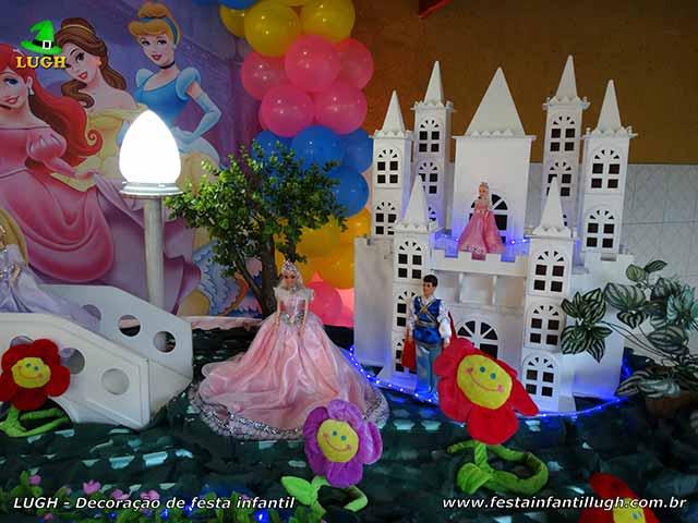 Mesa de festa das Princesas luxo - Decoração de aniversário infantil Disney