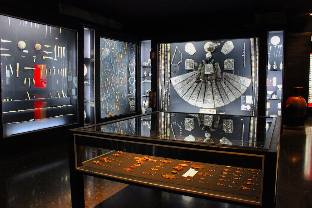 museum of gold vault pieces