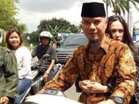 Mulan Jameela Boncengan Motor dengan Ahmad Dhani Malah Dicibir Netizen, Ternyata Ini Alasannya