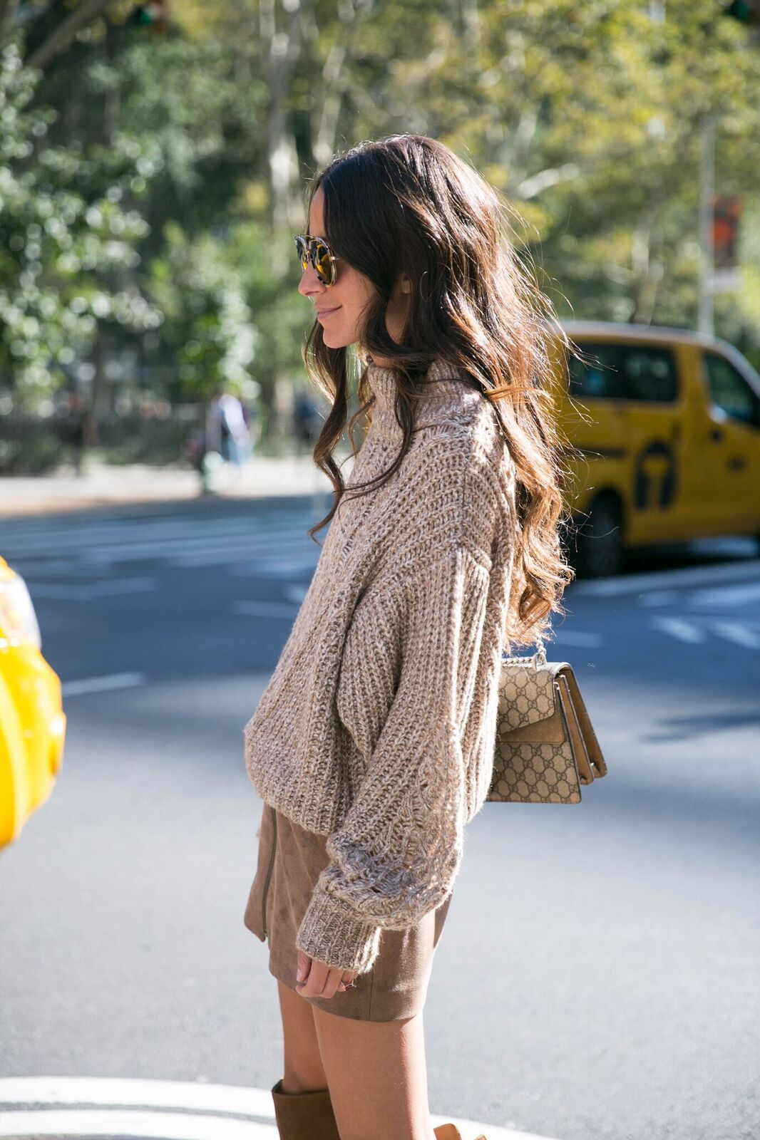 25 Neutral Sweaters That Go with Everything — Arielle Charnas Outfit Inspiration