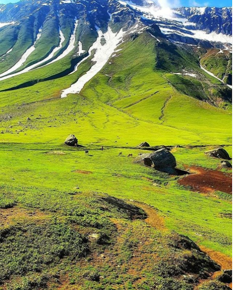 Natural Green Mountains Touches the Heart !