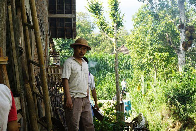 Pak Trisno, sosok inspirasi dari Desa Menari Tanon