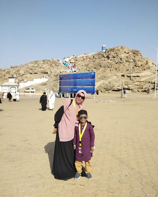 Istri UAS dan Anaknya Mizyan Hadziq