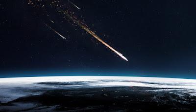 A Bola de fogo que sobrevoou o Japão em 2017 é um fragmento de um asteróide que pode atingir a Terra