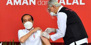 Setelah Divaksin, Presiden Jokowi Mengaku Alami Pegal