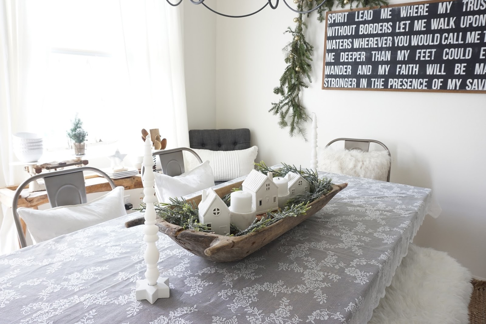 Cozy Cottage Winter Dining Room - Mrs Rollman Blog