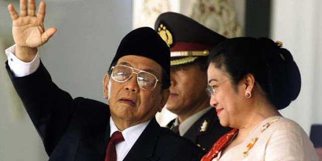 23 Juli, Saat Presiden Gus Dur Dilengserkan secara Politis