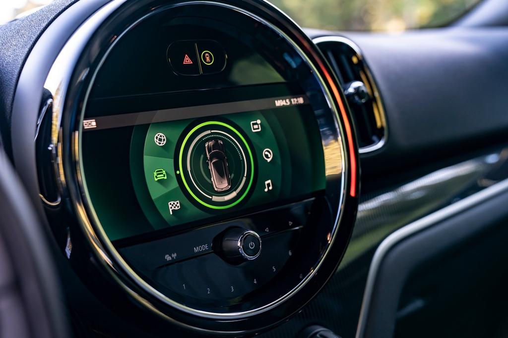 Mini Countryman facelift ra mắt, tinh chỉnh ngoại hình và công nghệ