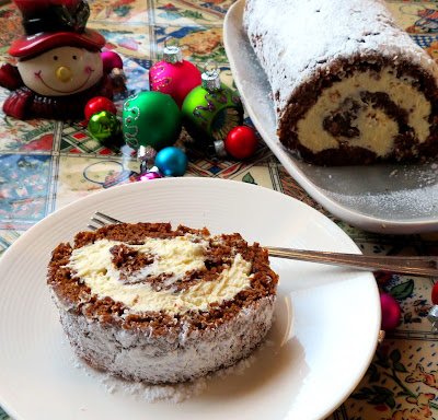Christmas Gingerbread Roll