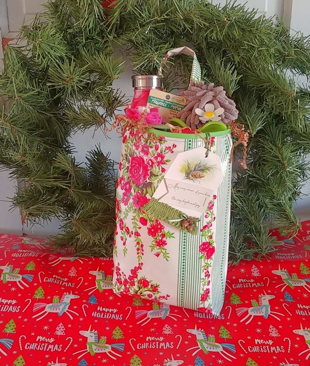Festive Holiday Ideas - Homemade Gifts!