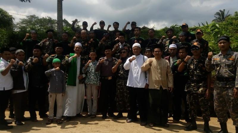 Santri, Ulama, Habaib, dan jajaran Umaro beserta Masyarakat bersatu untuk keutuhan NKRI