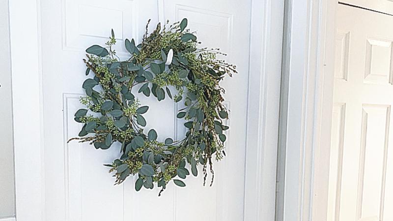 Easy Eucalyptus Wreath
