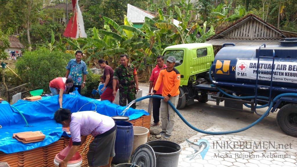 Kemarau Panjang, BPBD Kebumen Telah Salurkan Bantuan 1,9 Juta Liter Air Bersih