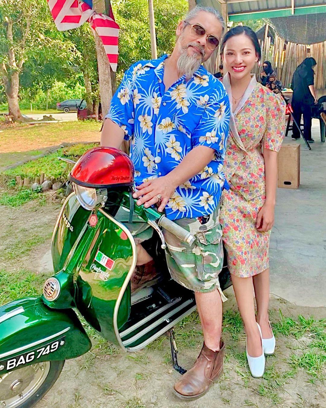 Pelakon Kampung Pisang Bersiri-Siri