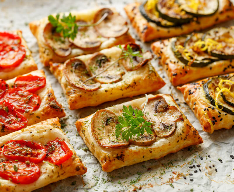 puff pastry small tarts with vegetables