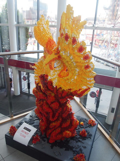 Akaara the Phoenix, Bright Bricks LEGO statue at The Mall, Luton