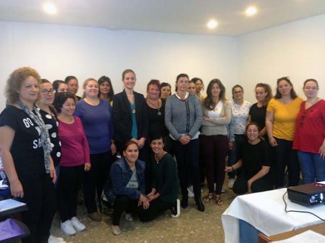 Veinte mujeres comenzaron el curso de camarera de piso en el fuentemar noticias de chiclana - Camarera de pisos curso gratuito ...