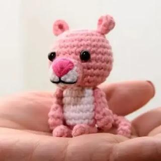 Amigurumi Pantera Rosa a Crochet
