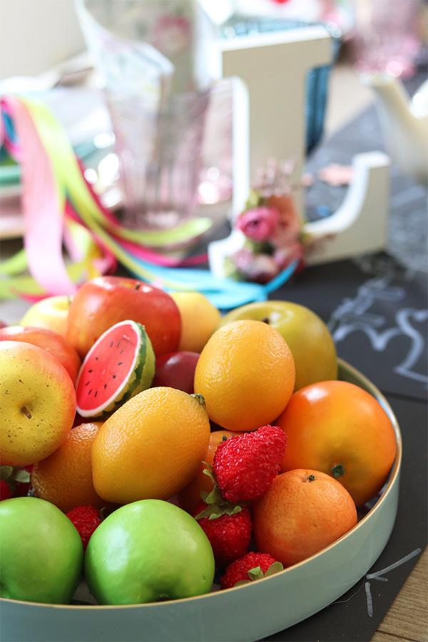 Kinder Party w owocowych kolorach z tenDOM.pl