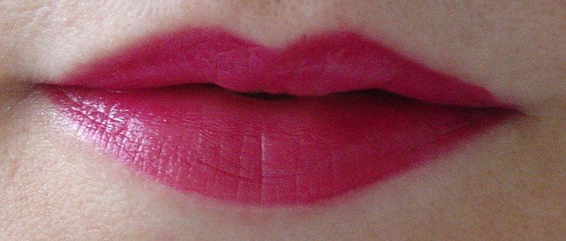 modeling #09 lipstick.jpeg