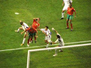 البرتغال واليونان بطولة يورو 2004