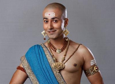 Krishna Bharadwaj as Pandit Ramakrishna
