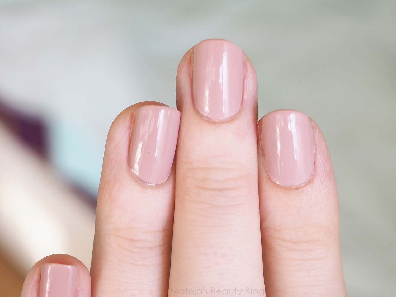 Kiko Smart Nail Lacquer 129 - Mateja\'s Beauty Blog