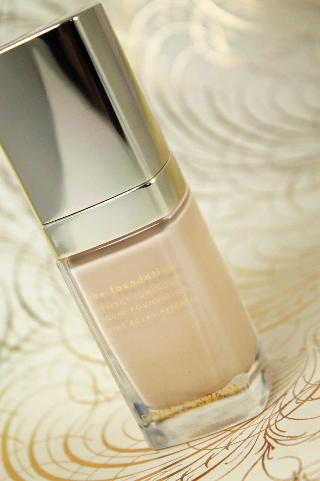 Dolce Amp Gabbana The Foundation Perfect Luminous Liquid