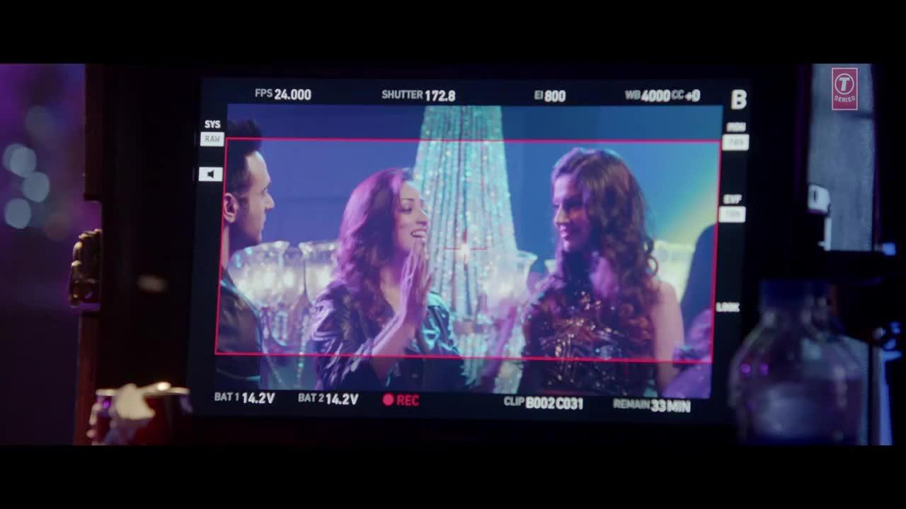 "Sanam Re Movie Wallpaper 11: Filmee Club: ""Akkad Bakkad"" Song HD Wallpapers"