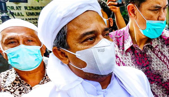 Kondisi Menurun, Habib Rizieq Dikabarkan Sakit Lambung dan Alami Sesak Napas