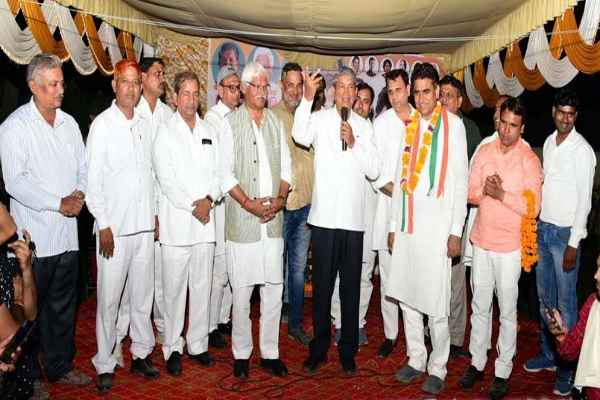 harish-rawat-appeal-tigaon-vidhansabha-vote-for-lalit-nagar-congress