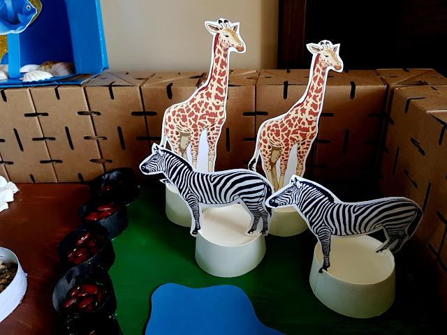 ZOO - makieta - ogród zoologiczny - prace plastyczne - przedszkole - przedszkolak - edukacja domowa - dzikie zwierzęta - zwierzęta egzotyczne -oceanarium -Światowy Dzień Zwierząt -zwierzęta duże i małe - blog rodzicielski - blog parentingowy - poznajemy dzikie zwierzęta