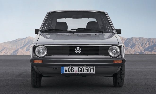 Volkswagen Golf MkI front view