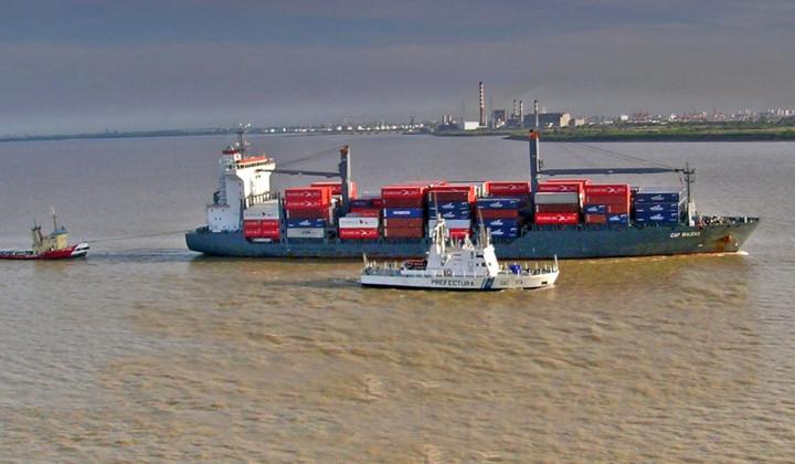 Resultado de imagen para Actividad fluvial y maritima del mes de julio