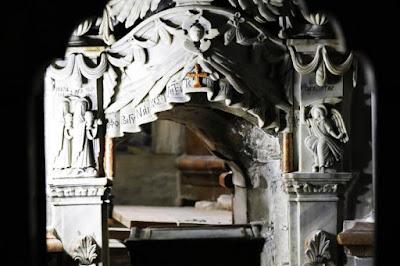 Túmulo de Jesus é aberto para ser estudado por pesquisadores