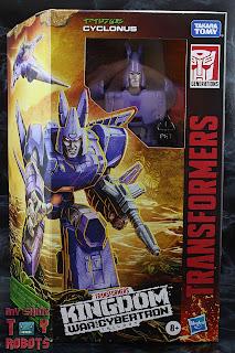 Transformers Kingdom Cyclonus Box 01
