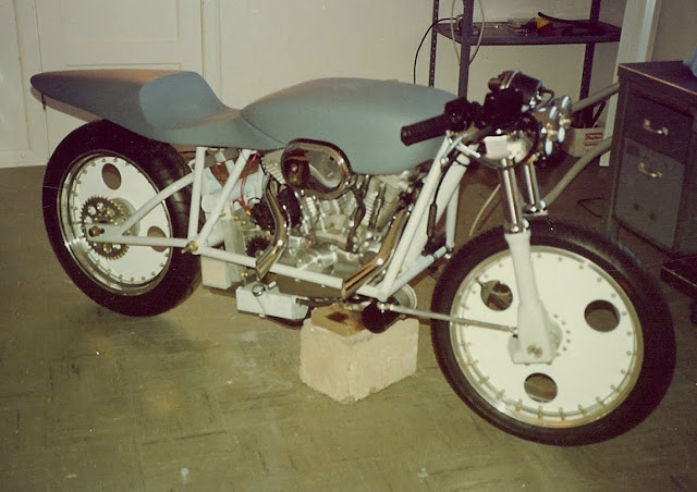 Robert Horn Harley Davidson Sportster 883 Funny Front End