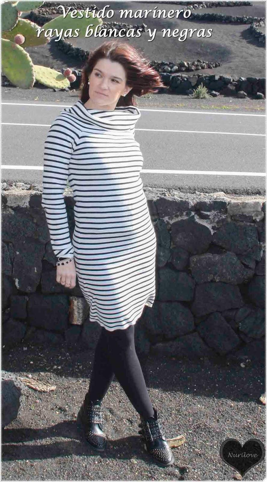 Look marinero: rayas negras y blancas