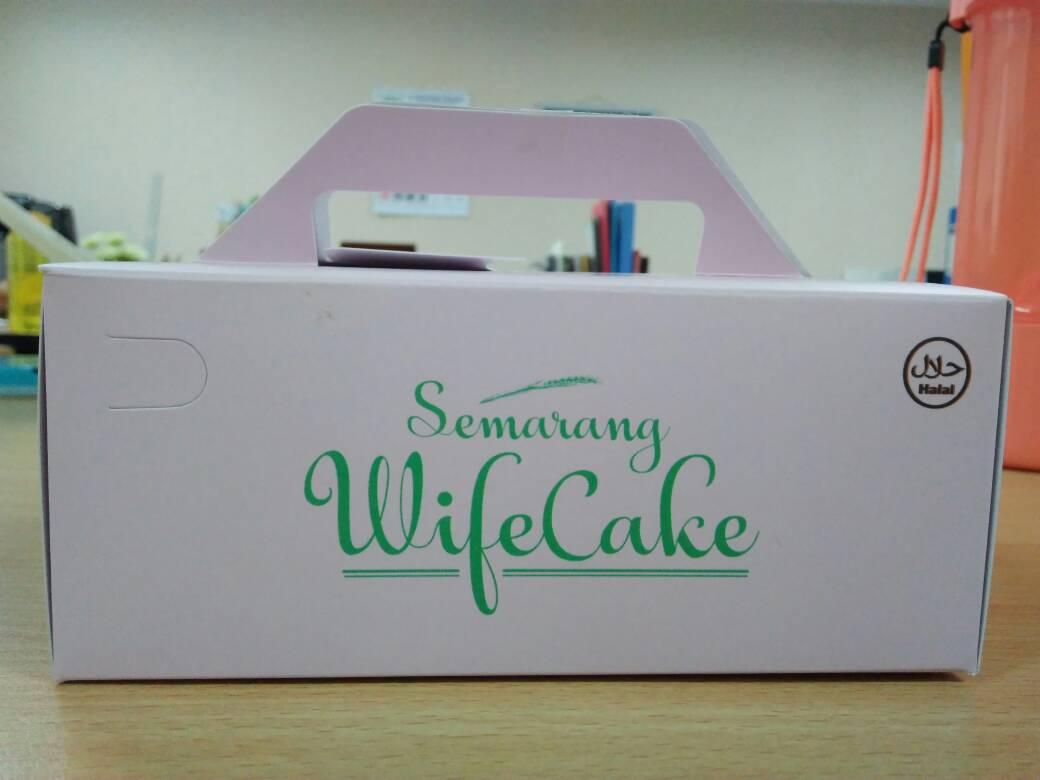 Semarang Wife Cake Chelsea Olivia