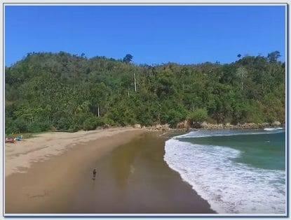 Lokasi Pantai Lenggoksono Malang