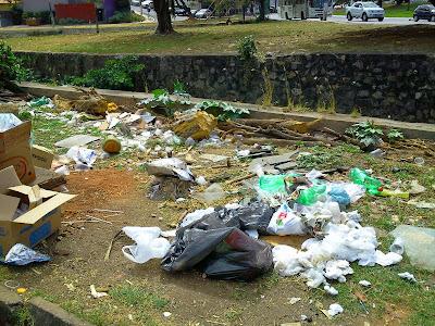 Prefeitura garante que quem  sujar a cidade vai receber a notificação no ato