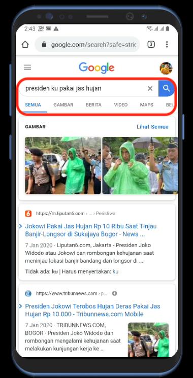 Kehujanan saat Tinjau Korban Banjir, Jokowi Pakai Jas