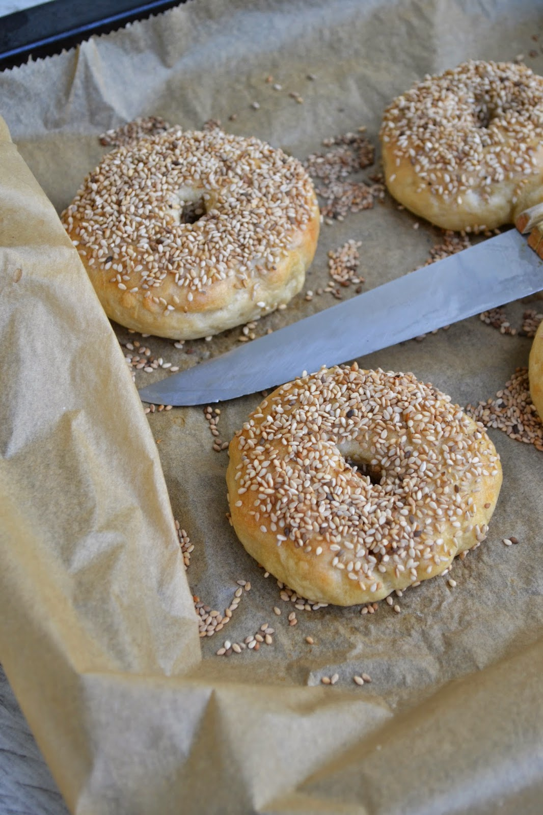savoury wednesday american april new york style sesam bagels the recipe suitcase. Black Bedroom Furniture Sets. Home Design Ideas