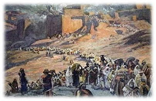 Lirik dan Kord Lagu Hai Kaum Israel Pujilah Tuhan
