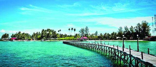 Pantai%2BDerawan%2Bdi%2BKalimantan%2BTimur Inilah 10 Pantai Paling Indah Di Indonesia Yang Wajib Kamu Kunjungi