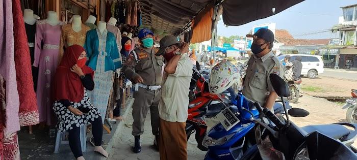 Oprasi masker Polres dan satpol pp di tempat keramaian